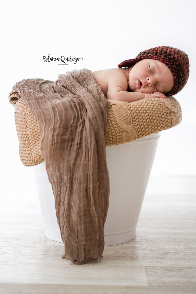 Blanca Quiroga. Fotografo de recien nacido, bebe, new born, familia en Sevilla.