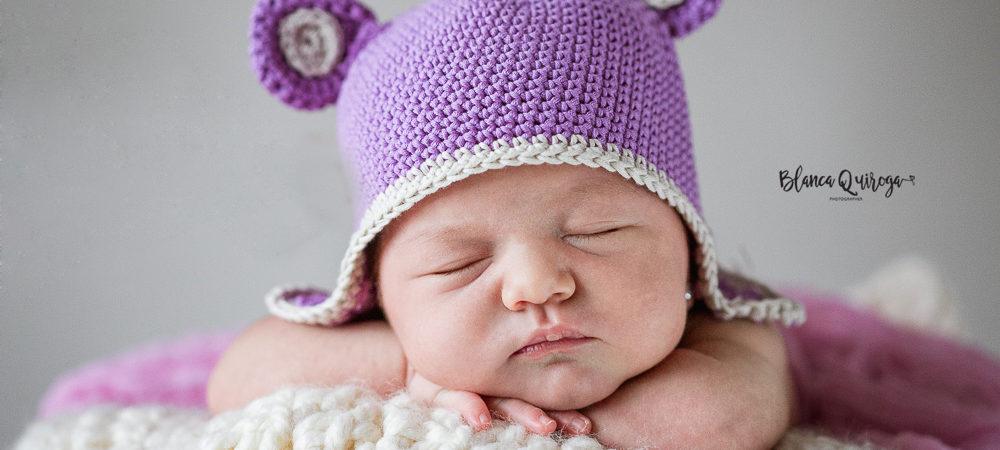 Fotografías de recién nacido en Sevilla. New born Blanca.