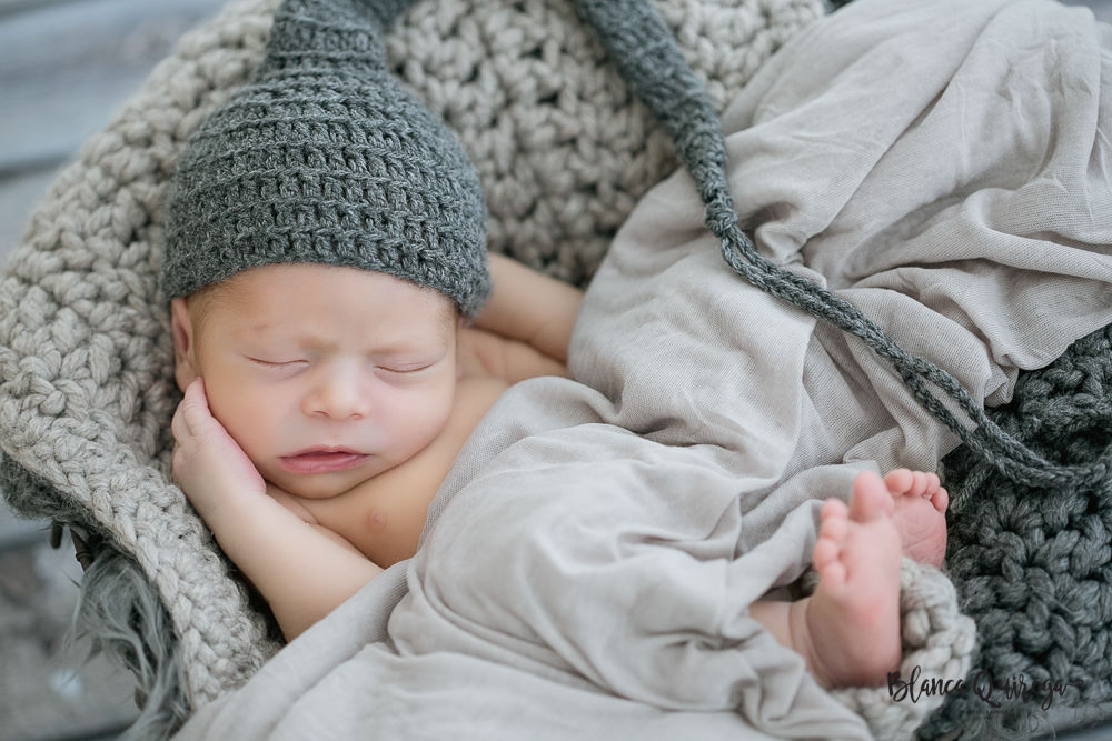 Blanca Quiroga fotografa. Fotografo recien nacido, bebe, newborn Sevilla.
