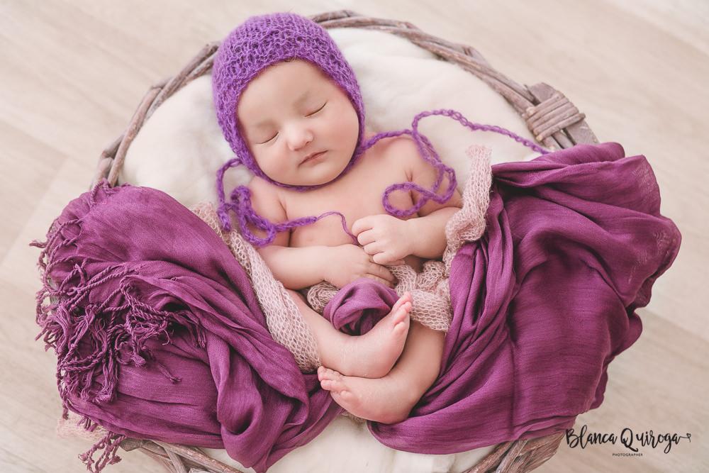 Blanca Quiroga fotografa. Fotografia recien nacido, newborn, bebe en Sevilla.