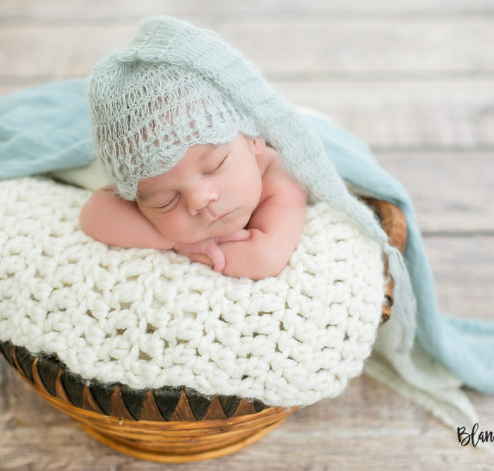 Fotografía de recien nacido en Sevilla. Newborn Martín 20 días.