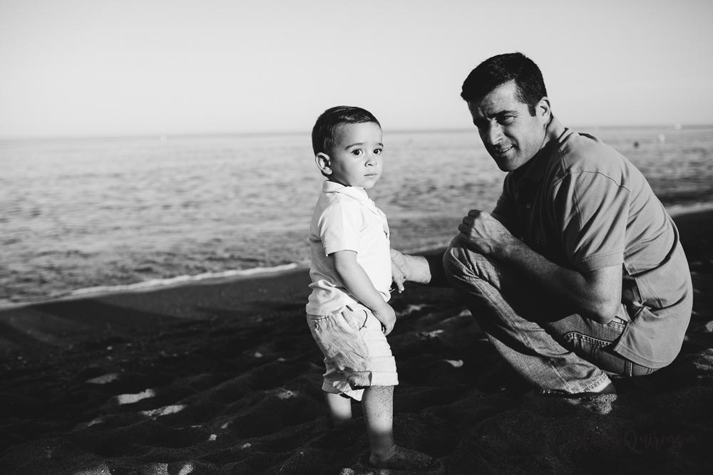 Blanca Quiroga. Fotografo familia, niños, bebes sevilla en la playa.