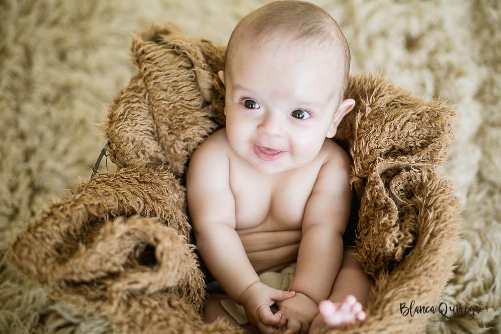 Blanca Quiroga Fotografo. Fotografia bebe 5 meses sevilla