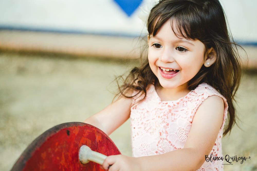 Blanca Quiroga. Fotografo niños parque maria luisa sevillaBlanca Quiroga. Fotografo niños parque maria luisa sevilla