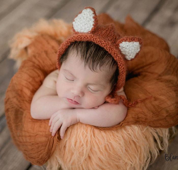 Fotografía de recién nacido en Sevilla. Newborn bebé 8 días.