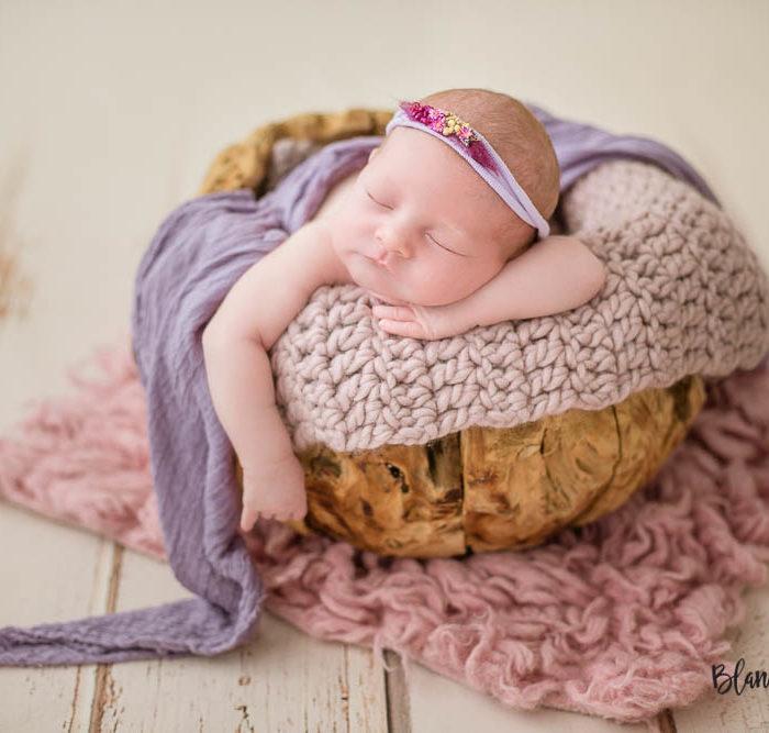 Fotografía de recién nacido en Sevilla. Newborn bebé de 11 días.