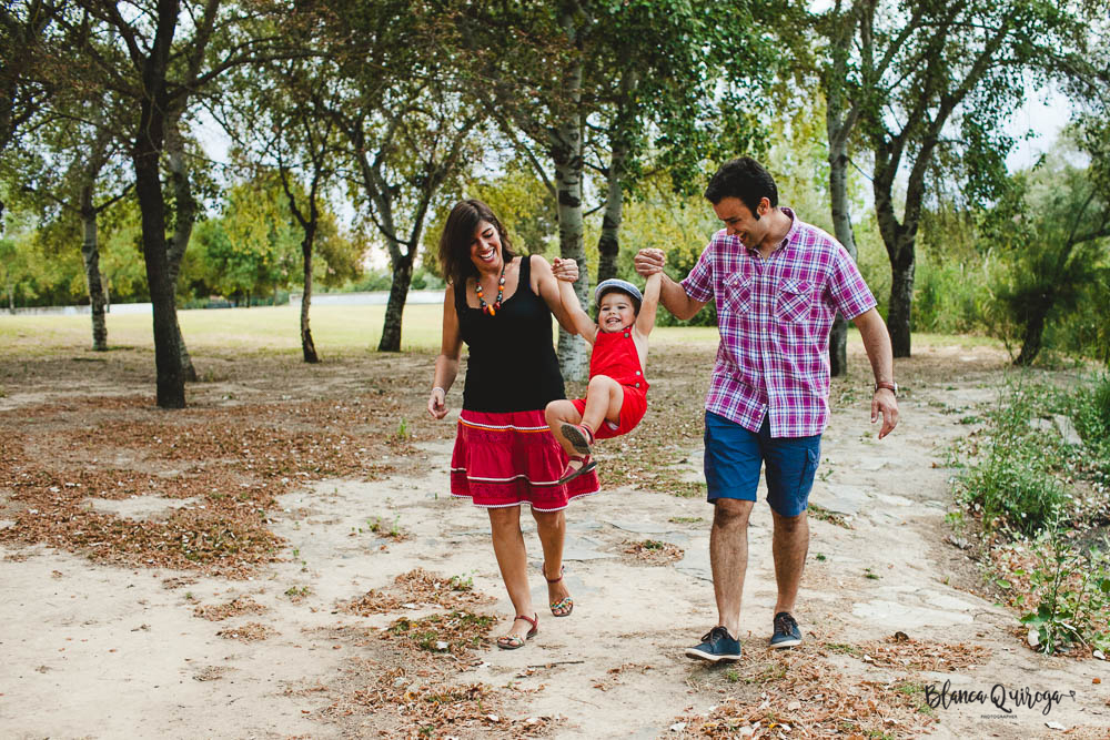 Blancaquiroga-fotografia-infantil-familias-parque-alamillo-sevilla (6 de 43)