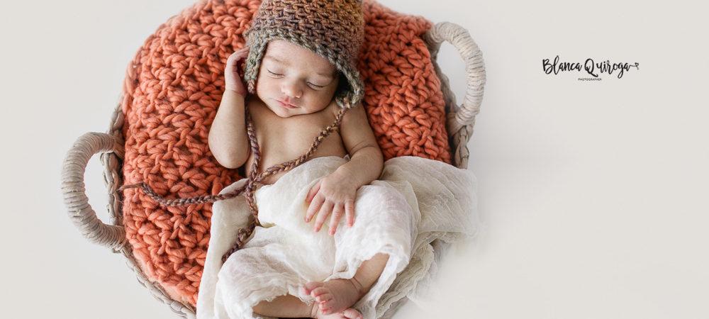 Fotografía de recién nacido en Sevilla. New born Emma.