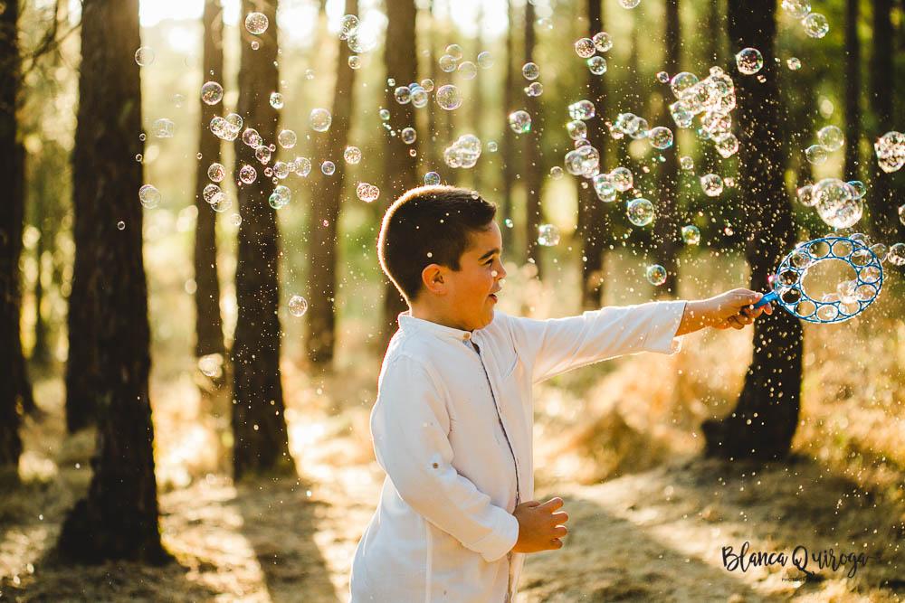Blanca Quiroga. Fotografia infantil en el campo. Sevilla