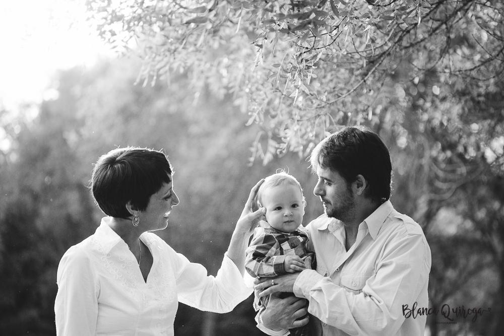 Blanca Quiroga. Fotografo bebes, infantil en Sevilla. Bebe 8 meses.