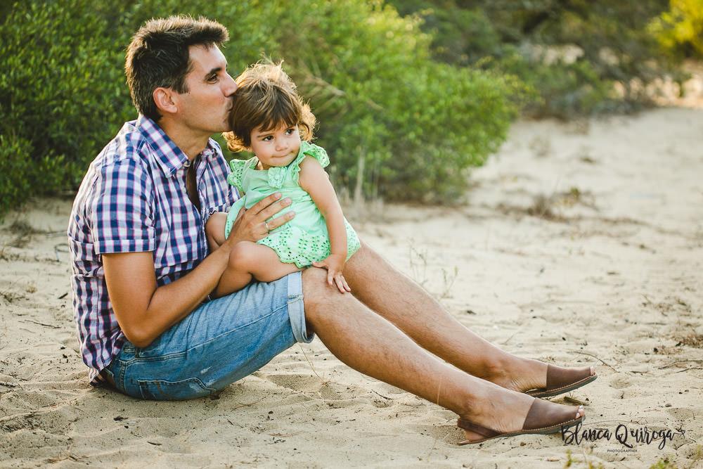 Blanca Quiroga. Fotografia infantil, familias, niños en la playa. Chiclana