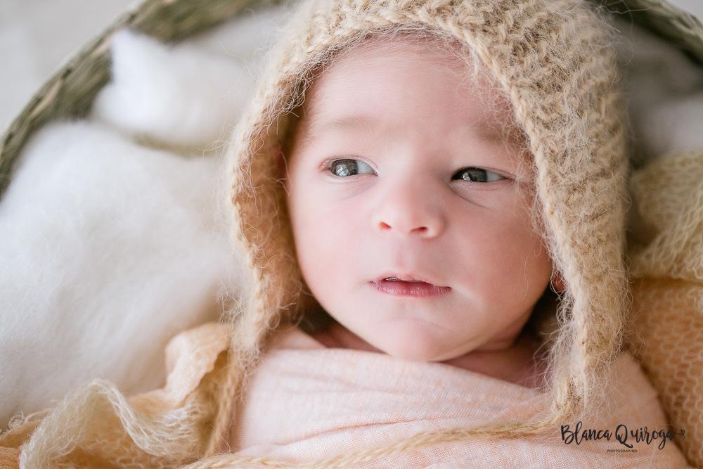 Blanca Quiroga. Fotografo recien nacido, bebe y new born en Sevilla