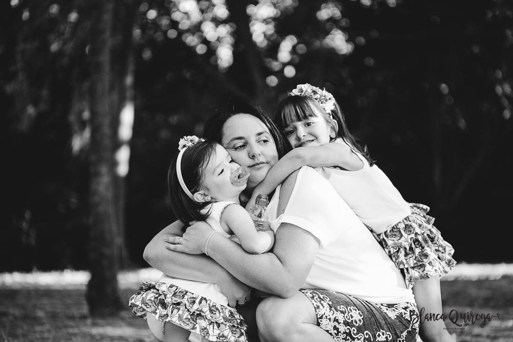 Blanca Quiroga. Fotografo familia, niños, bebes en Sevilla. Fotografia en el parque Sevilla.Blanca Quiroga. Fotografo familia, niños, bebes en Sevilla. Fotografia en el parque Sevilla.