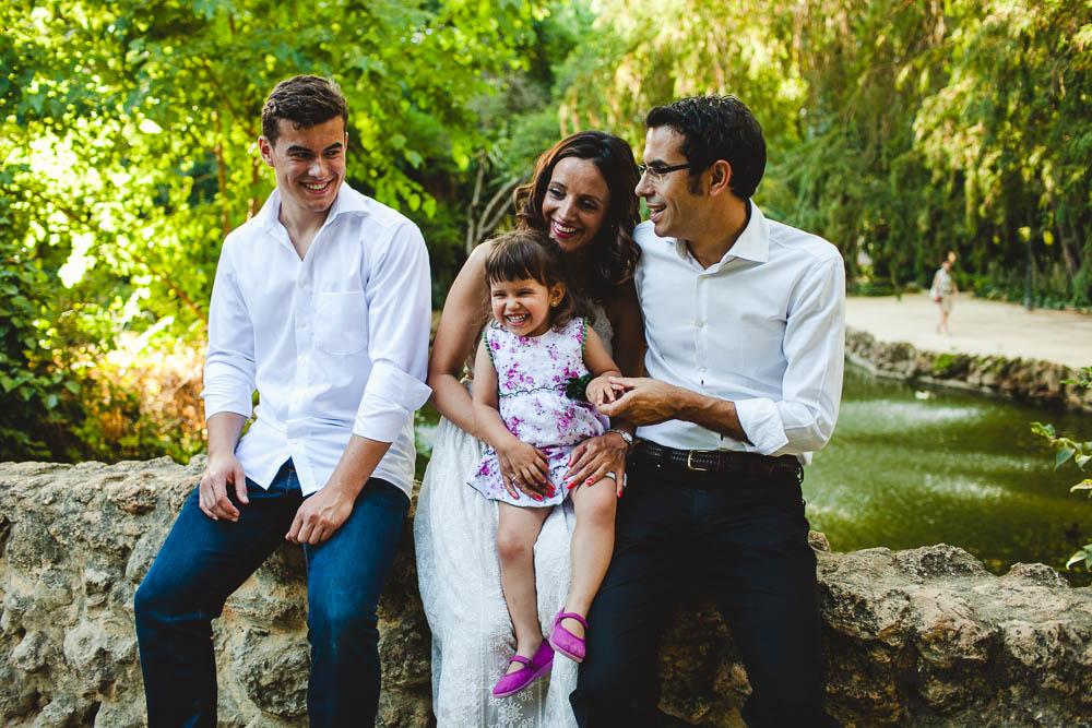 Blanca Quiroga Fotografa. Fotografo familias parque de maria luisa en Sevilla.