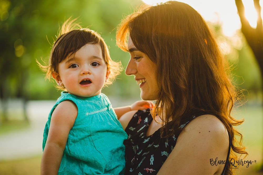 Blanca Quiroga. Fotografo familias, niños, infantil en Sevilla