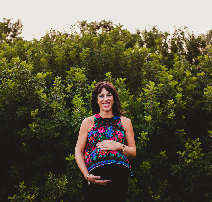 Fotografía de embarazo en Sevilla. Rocío + Antonio.