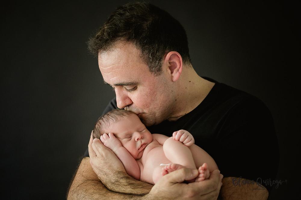 Blanca Quiroga. Fotografo de bebe, Newborn, recien nacido en Sevilla