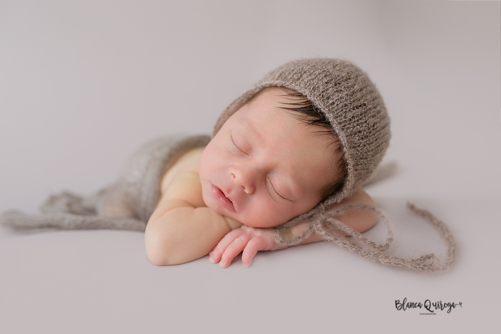 Blanca Quiroga fotografo de recien nacido, newborn, bebe en Sevilla