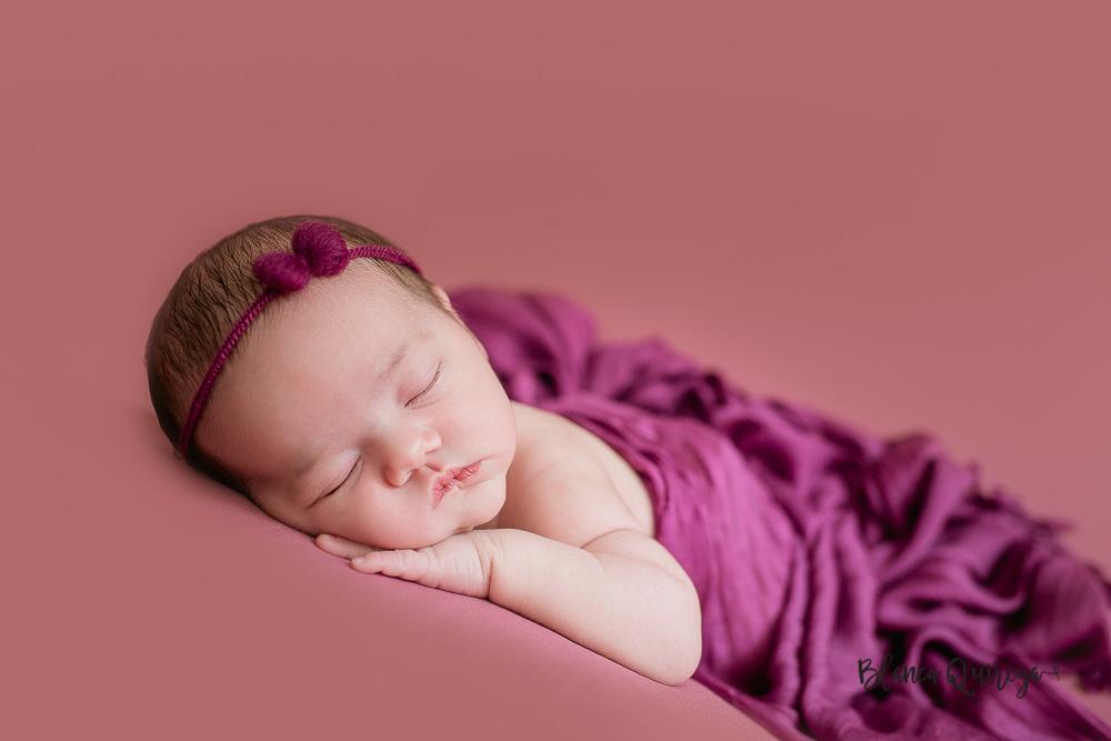 Blanca Quiroga. Fotografía de recién nacido, bebe y newborn en Sevilla
