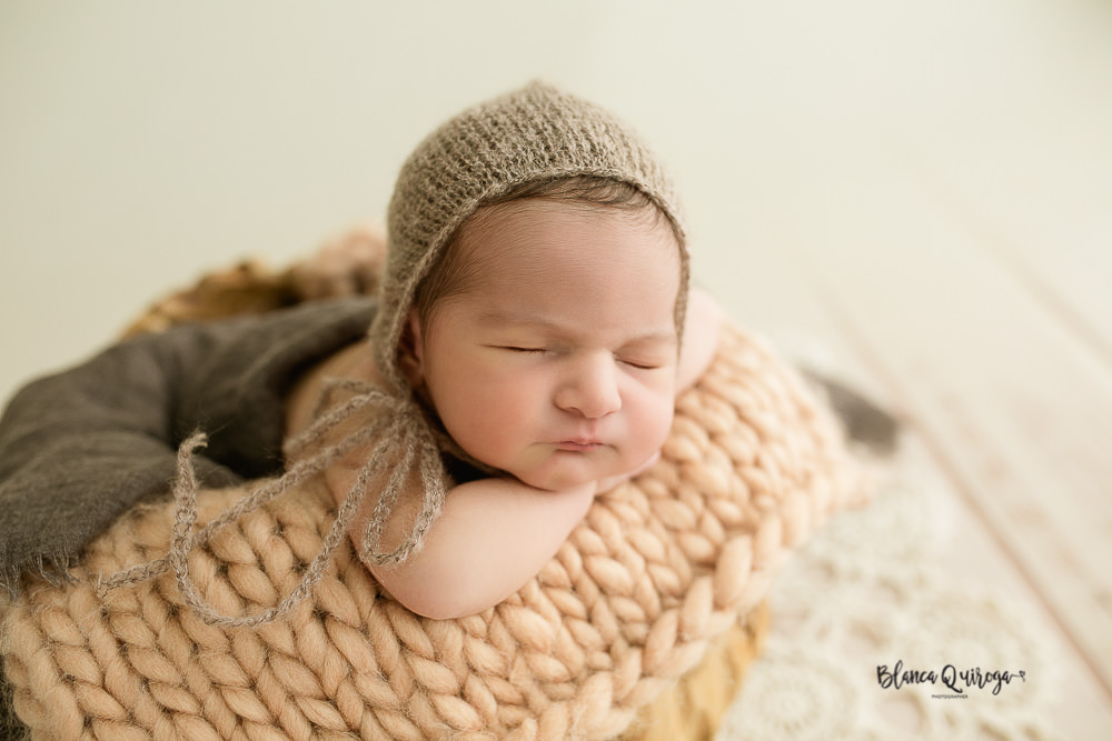 Blanca Quiroga. Fotografo regine nacido, bebe, Newborn en Sevilla