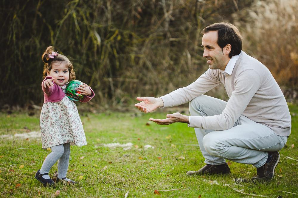 Blanca Quiroga. Fotografia niños, infantil, familias en Sevilla