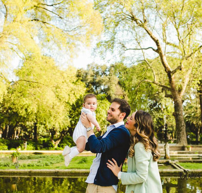 Fotografía infantil en el parque de María Luisa. Bebé 6 meses.