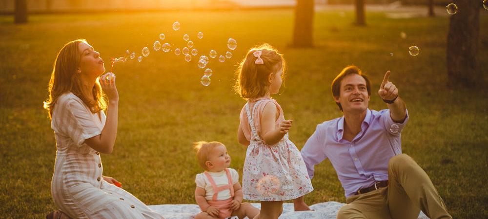 Fotografía infantil en Sevilla. Niños 3 años y 10 meses.