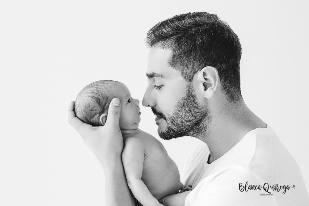 Blanca Quiroga. Fotografo bebe, Newborn y recién nacido en Sevilla