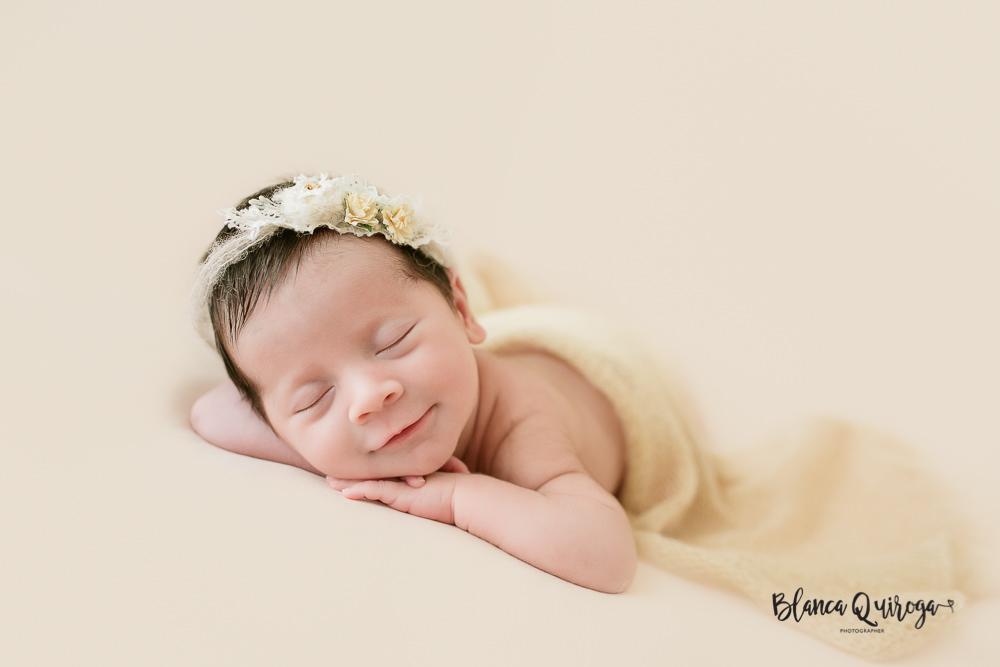 Blanca Quiroga. Estudio fotografia Newborn, bebe, recién nacido en Sevilla