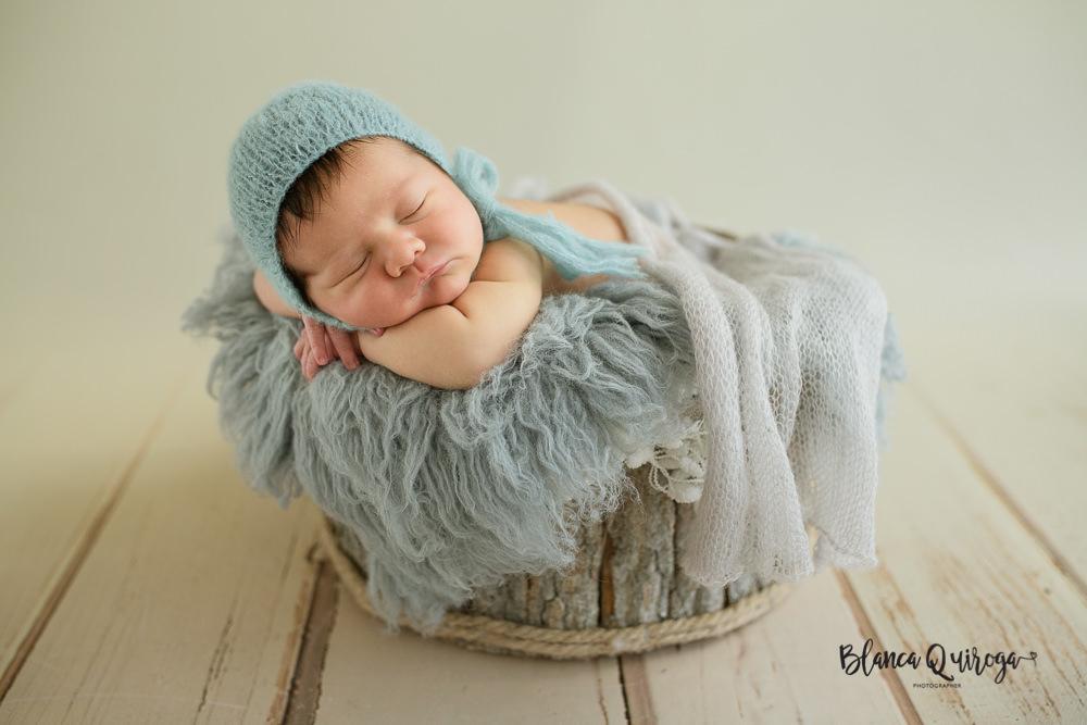 Blanca Quiroga. Fotografía recién nacido, bebe, newborn en Sevilla